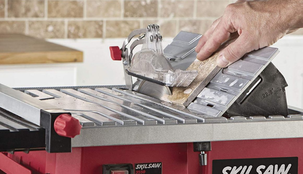 SKIL 3550-02 7-Inch Wet Tile Saw with HydroLock Water Containment System Side View
