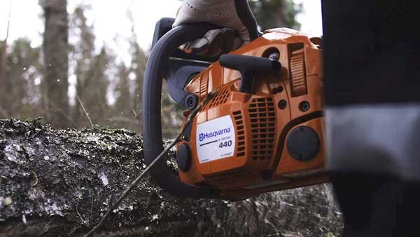 Husqvarna-440-Chainsaw